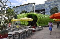 Париж, 18-ое июля: Les Docs на банке Рекы Сена от Парижа в Франции Стоковое Фото