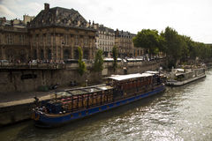 Париж Река Сена Франция Стоковые Изображения