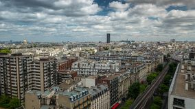 ПАРИЖ, ФРАНЦИЯ - 19-ОЕ ИЮНЯ 2018: Timelapse города сверху Быстрое движение сток-видео