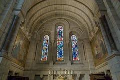 Париж, Франция, 26-ое марта 2017: Интерьер римско-католической церков и небольшой базилики Sacre-Coeur Стоковое Фото