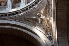 Париж, Франция, 26-ое марта 2017: Интерьер римско-католической церков и небольшой базилики Sacre-Coeur Стоковое фото RF