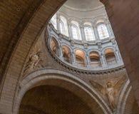 Париж, Франция, 26-ое марта 2017: Интерьер римско-католической церков и небольшой базилики Sacre-Coeur Стоковое Изображение