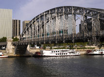 Париж: Viaduct Аустерлиц Стоковые Фотографии RF