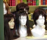 парики дисплея стоковая фотография