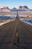 парка navajo памятника подхода долина индийского соплеменная Стоковое Изображение