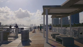 Парка pointe miami летнего дня панорама 4k США пристани южного круглая видеоматериал