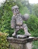 Парки в Зальцбурге украшают fairy гномов Стоковое Изображение RF