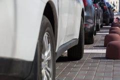 Парковать автомобилей Стоковая Фотография RF