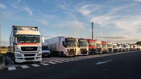 Парковать стоянки для грузовиков стоковые изображения rf
