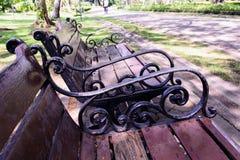 парк à¸'à¸'bench Стоковые Изображения