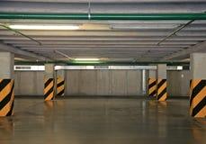 парк автомобиля пустой Стоковое Изображение RF