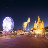 Парк атракционов и висок на Tibidabo Стоковые Изображения RF