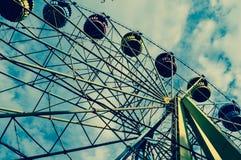 Парк атракционов, колесо Ferris Стоковые Фотографии RF