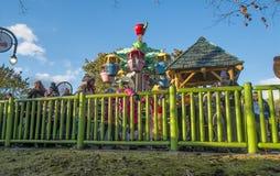 Парк атракционов Ronde Ла ягнится carousel Стоковое Изображение RF