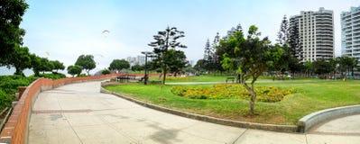 Парк влюбленности в Miraflores distric Лимы Стоковые Фотографии RF