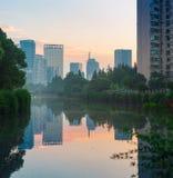 Парк вдоль канала Стоковое фото RF