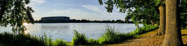 Парк города Нюрнберга панорамы стоковое изображение