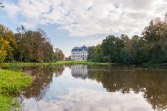 Парк и замок в Pszczyna Стоковые Изображения