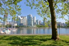 Парк и False Creek города Ванкувера Стоковое фото RF