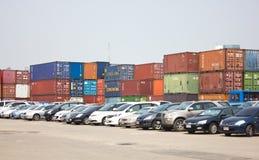 Парк много автомобилей на порте Klong Toey. Стоковое Изображение