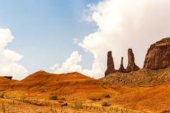 Парк Навахо долины памятника племенной, Юта, США Стоковые Фотографии RF