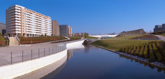парк озера жилых домов Стоковое Фото