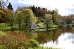 парк озера осени Стоковое Изображение