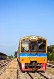 Парк поезда на железнодорожном вокзале стоковая фотография