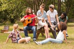 парк друзей счастливый Стоковые Изображения