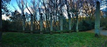 Парк чудовищ, священная роща, сад Bomarzo Колоннада хермов и алхимии стоковое изображение