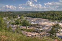 Парк штата Джэй Cooke на реке Сент-Луис к югу от Дулута в Минесоте стоковое изображение