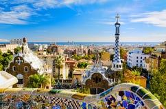 Парк Guell в Барселона, Испании