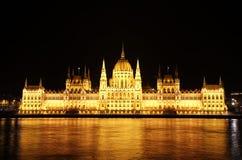 парламент ночи budapest венгерский Стоковые Фотографии RF