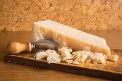 пармезан ножа сыра стоковое фото rf