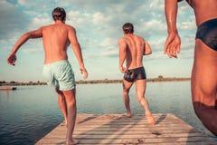 Парни на море Стоковое фото RF