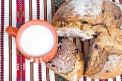 парное молоко хлеба Стоковое фото RF