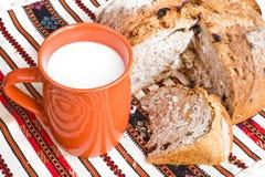парное молоко хлеба Стоковое Изображение RF