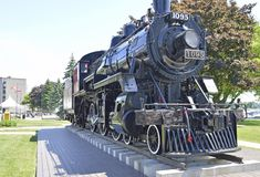 Паровой двигатель который смог, теперь сидит в парке конфедерации в Кингстоне, Онтарио Стоковые Фото
