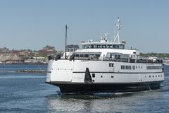 Паром Нантукет пассажира/корабля проходя пробы моря Стоковое фото RF