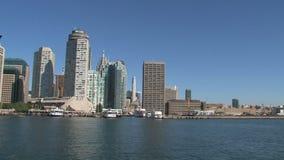 Паром покидая городской Торонто, Канада акции видеоматериалы