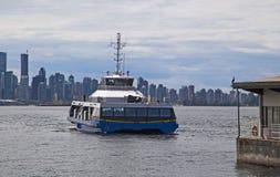 Паром регулярного пассажира пригородных поездов в Ванкувере Стоковая Фотография