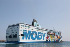 Паром Moby между Корсикой и Италией Стоковое фото RF