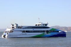 Паром San Francisco Bay, обслуживание пассажирского парома Стоковые Фото