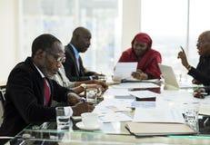 Партнерство международной конференции беседы людей разнообразия Стоковое Изображение RF