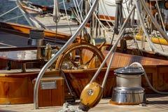 Парусник в гавани St Tropez стоковая фотография