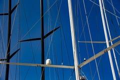 Парусник в гавани St Tropez стоковые изображения