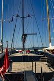 Парусник в гавани St Tropez стоковое изображение rf