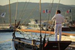 Парусник в заливе St Tropez стоковое изображение rf