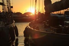 Парусник в заливе St Tropez стоковое фото