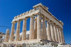 Парфенон Афины на предпосылке неба стоковое изображение rf